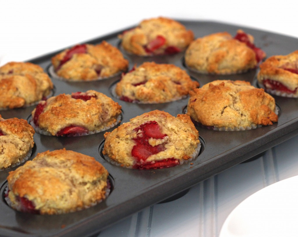 Strawberry Muffins - From Calculu∫ to Cupcake∫