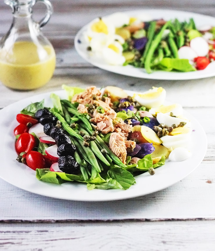 Salad Nicoise - Salad Niçoise: a classic French composed salad ...